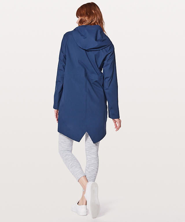 Lululemon Vent It Out Jacket