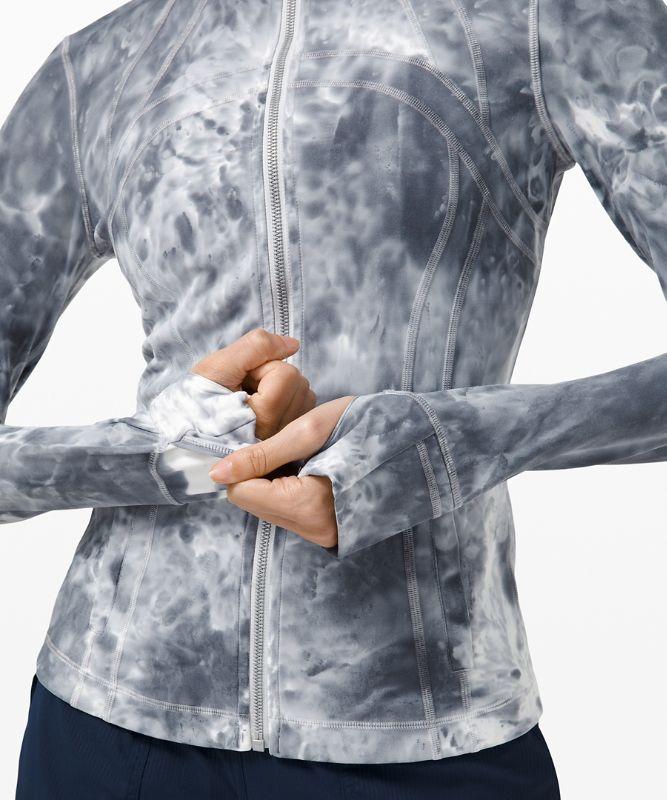 Define Jacket Luxtreme *Marble Dye