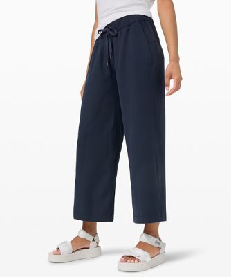 "On the Fly Wide-Leg 7/8 Pant 25"" *Woven"