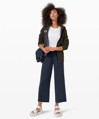 On the Fly Wide-Leg 7/8 Pant *Woven