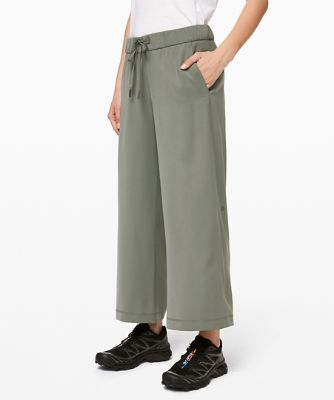 On The Fly 7/8 Wide-Leg Pant 25 * Travel Woven™