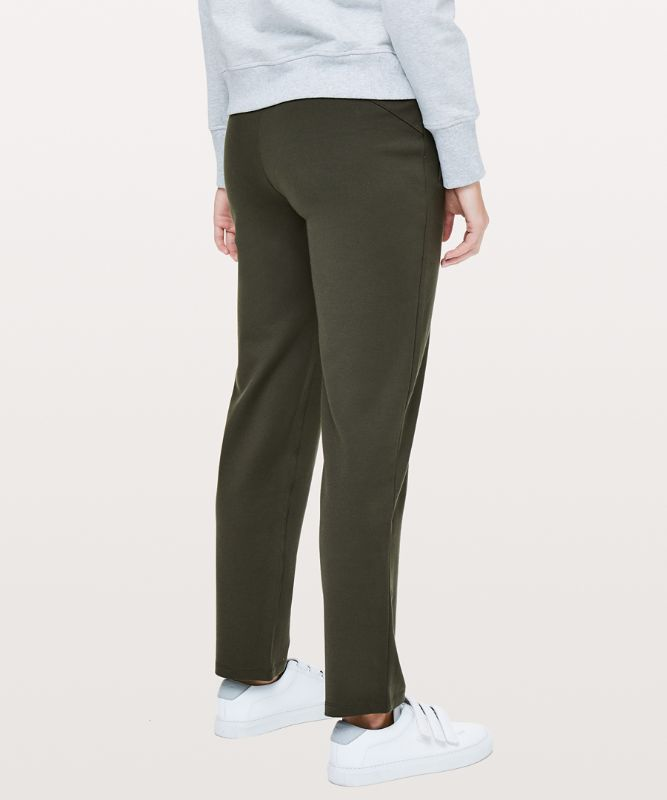 On the Move Pant *Ponte