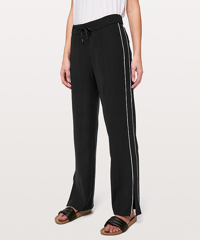 e39a08911e145 On the Right Track Pant | Women's Track Pants | lululemon athletica
