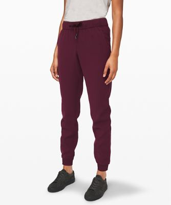 On The Fly Jogger Travel Woven™