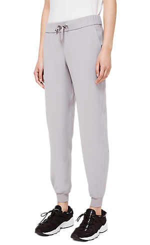 ad62590d12469 1/3 view of women's lower body wearing grey jogger pants.