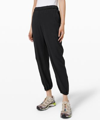 Essential Affinity Mid Rise Jogger