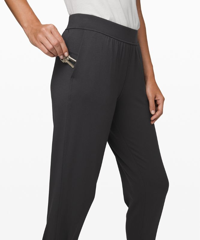 Twisted and Tucked Pant