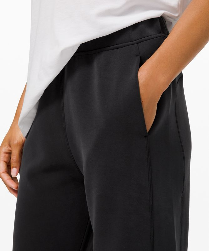 With Ease Mid-Rise 7/8 Pant