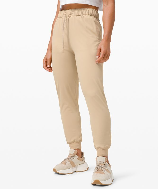 Stretch High-Rise Jogger