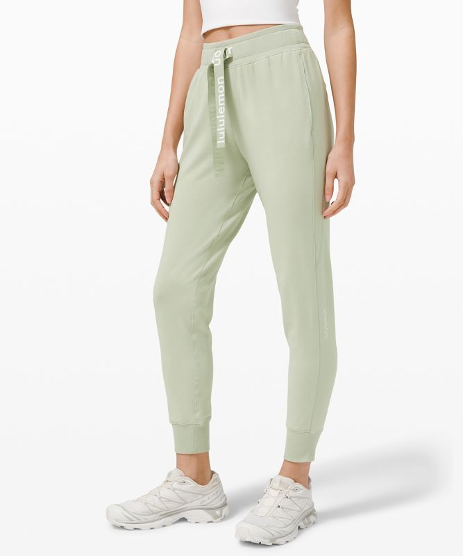 Relaxed Fit Soft Jogger