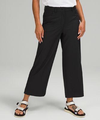 City Sleek 5-Pocket-Hose mit weit geschnittenem Bein und hohem Taillenbund 7/8-Länge