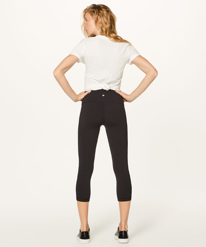 Wunder Under High-Rise Crop *Full-On Luon