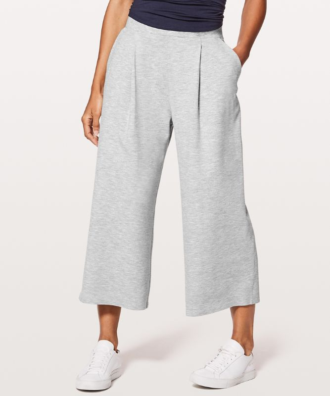 Can You Feel The Pleat Crop HPOW 8