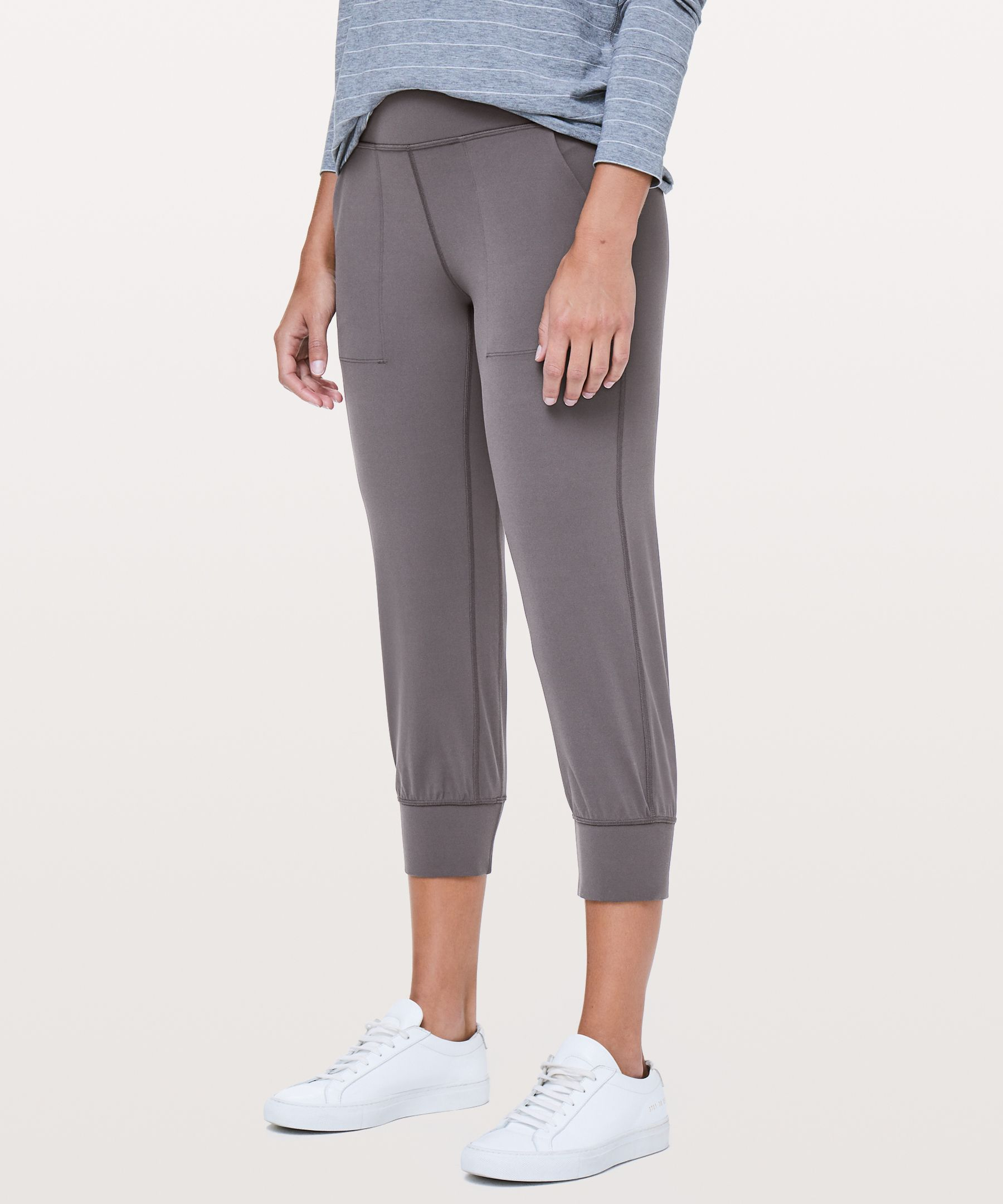 """Align Jogger Crop 23""""New by Lululemon"""