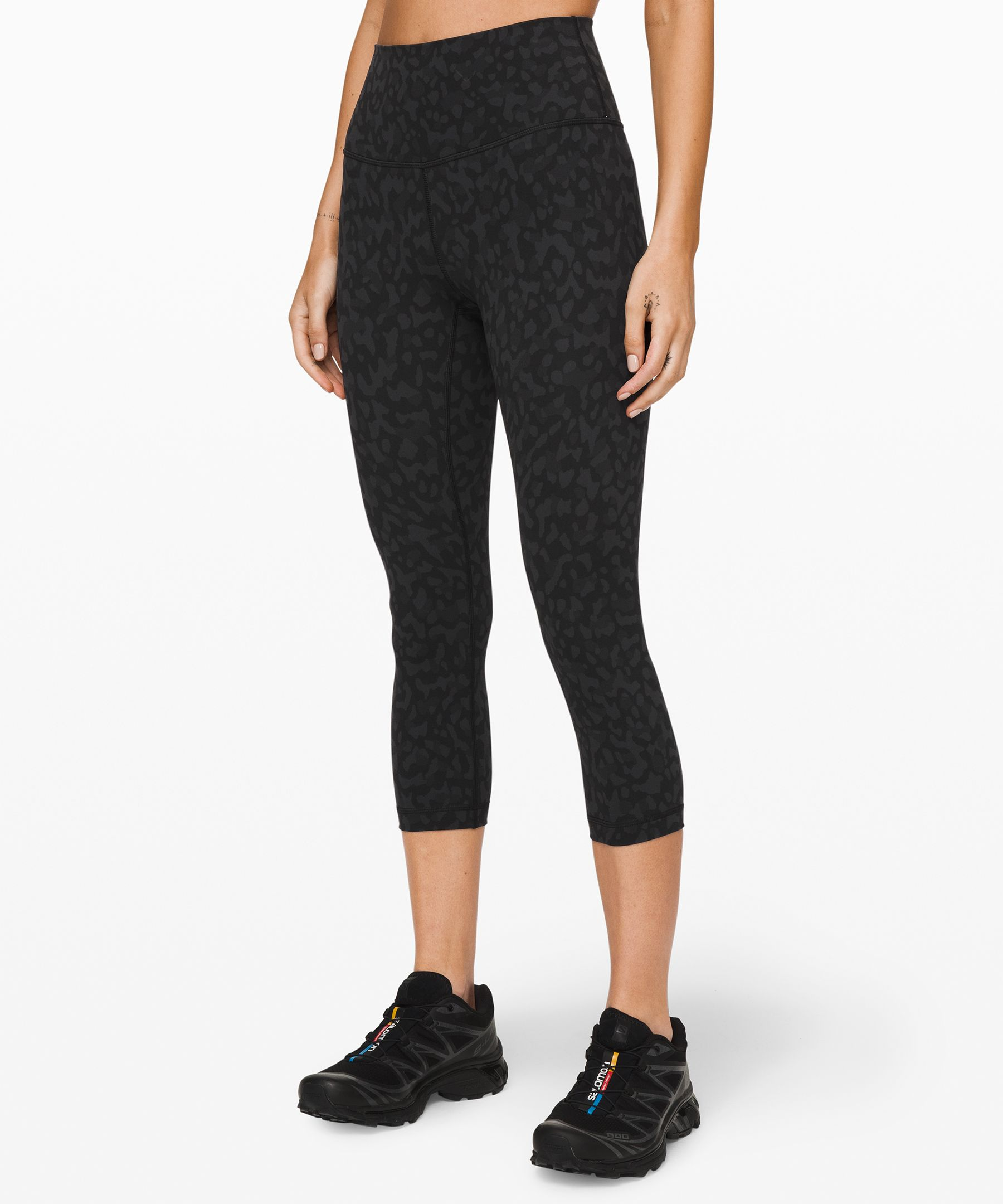 """Wunder Under Crop (High Rise) Full On Luxtreme 21\""""New by Lululemon"""