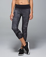 Run: Inspire Crop II SEQU/BLK 8