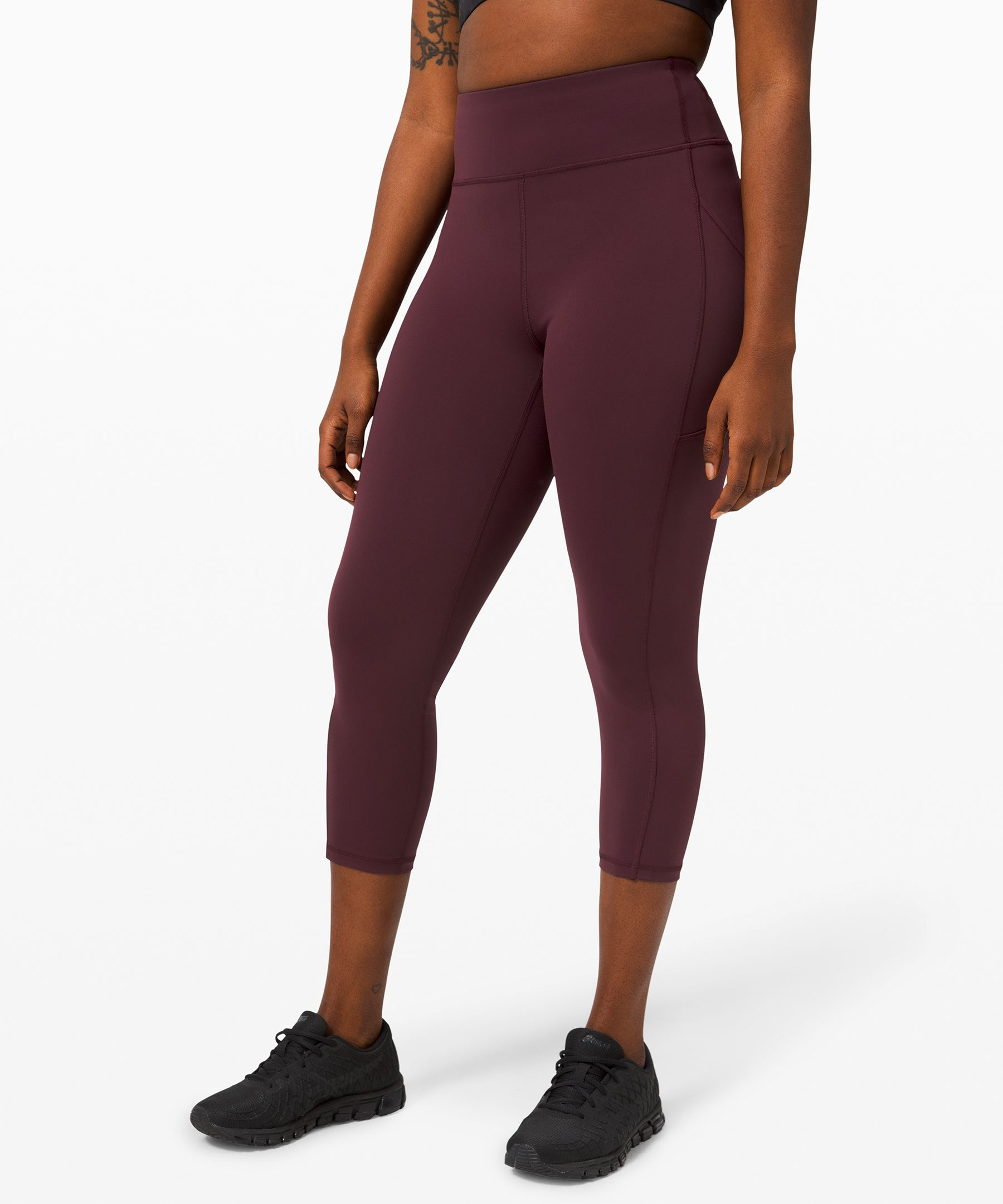 Focus on your strength, not your sweat. Powered by Everlux™, our fastest-drying fabric, the highly breathable Invigorate collection handles heat and sweat during intense workouts.