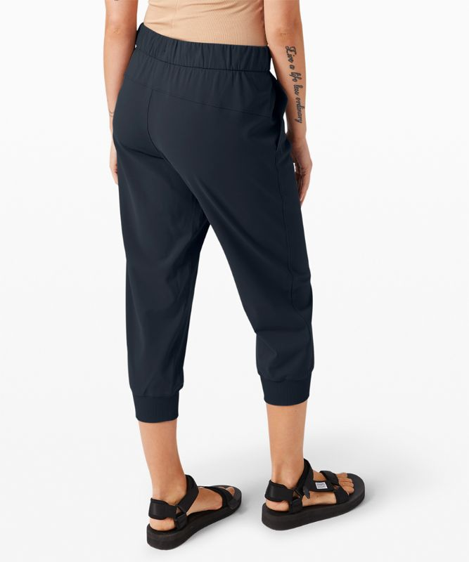 "On The Fly Crop Jogger 23"" *Online Only"