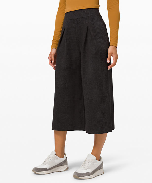 Can You Feel The Pleat Crop | Women's Crops