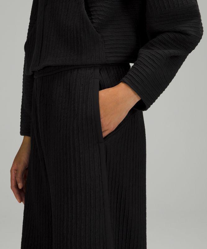 Textured Wide-Leg High Rise Crop