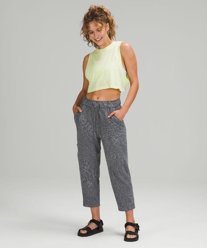 Stretch High-Rise Crop