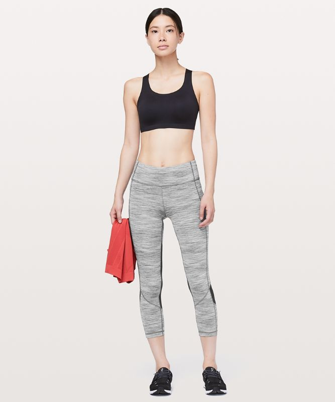 Pace Rival Mid-Rise Crop 22""