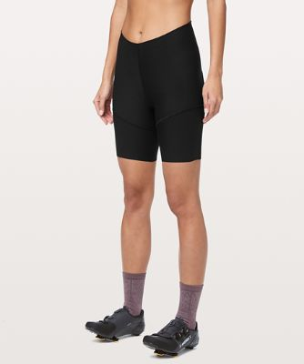 City To Summit Light Cycling Short 7.5""