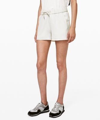 """On the Fly Short 2.5"""" *Woven"""