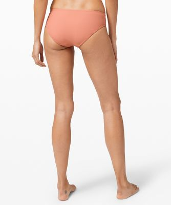 Clear Waters Mid-Rise Medium Bottom