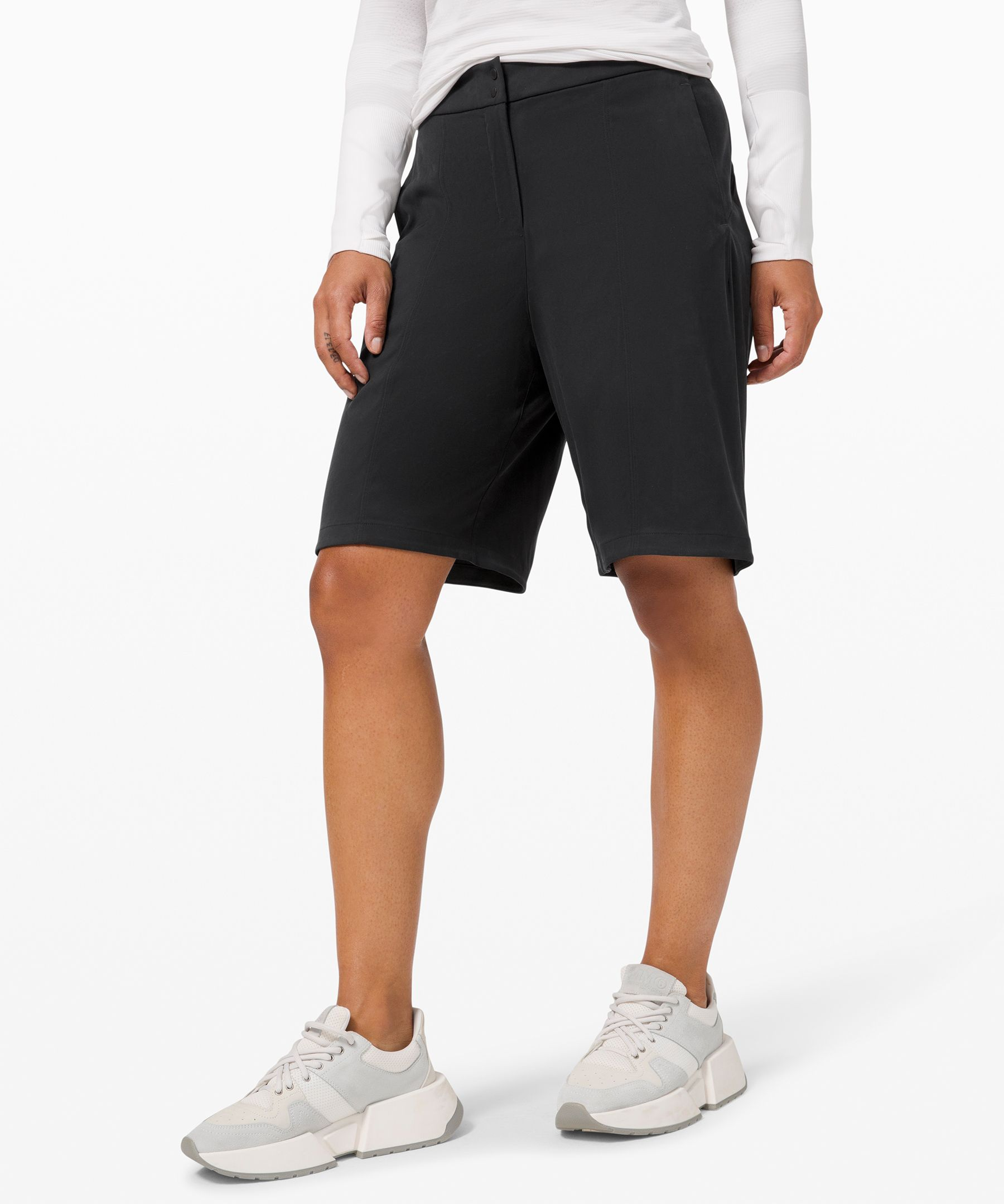 The not-too-short-short. Let\\\'s hear it for Bermuda-style shorts that feel just right in the office—and everywhere else.