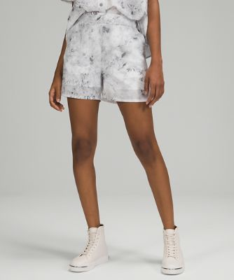 """Flat-Front Relaxed Short 4.5"""""""