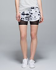Hot to Street Short GWWB/BLK 2