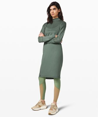 Vindur Dress Wool *lululemon lab