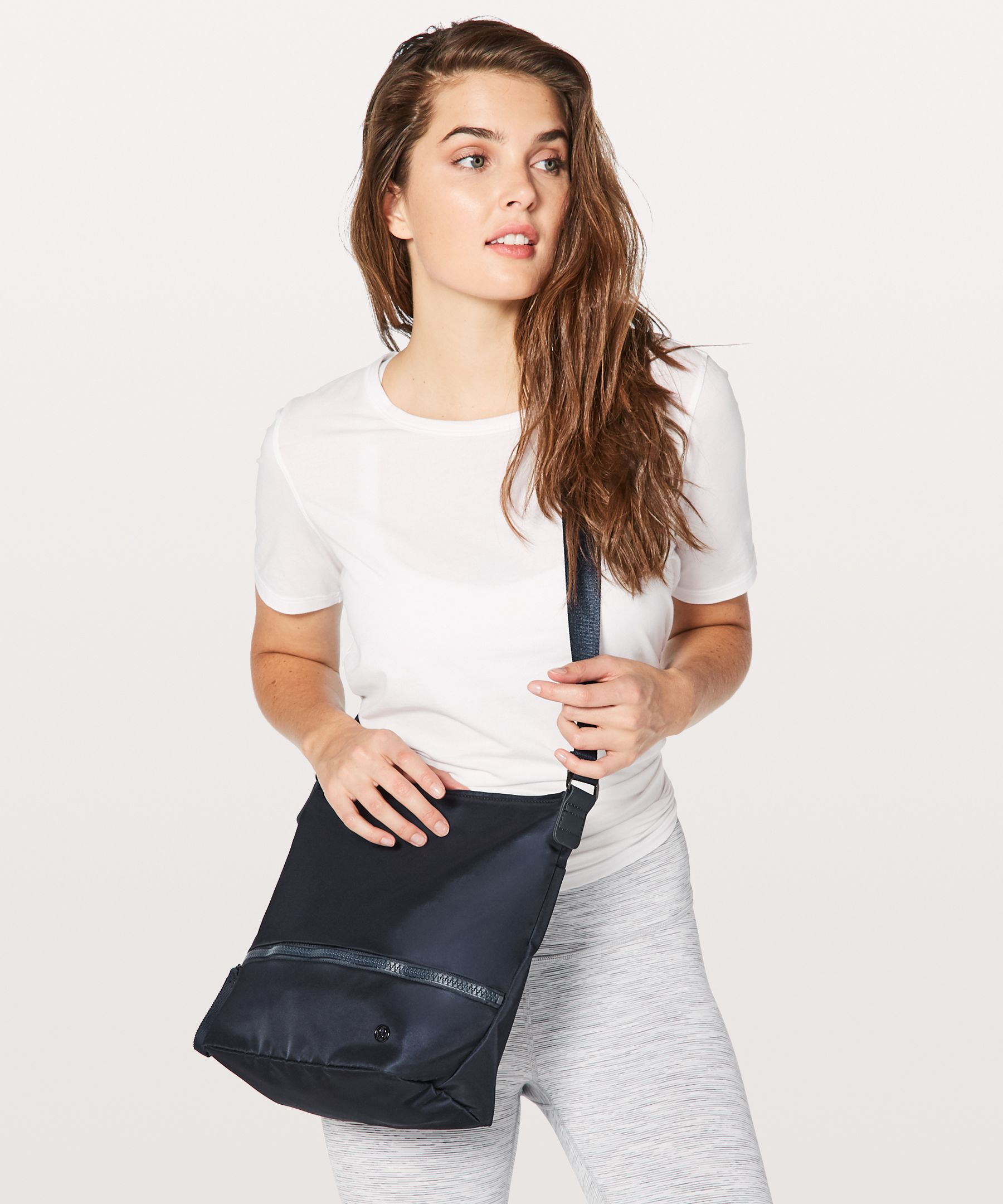 Go Lightly Shoulder Bag *9L | Women's Bags | lululemon athletica