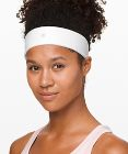 Fly Away Tamer Headband II *Luxtreme
