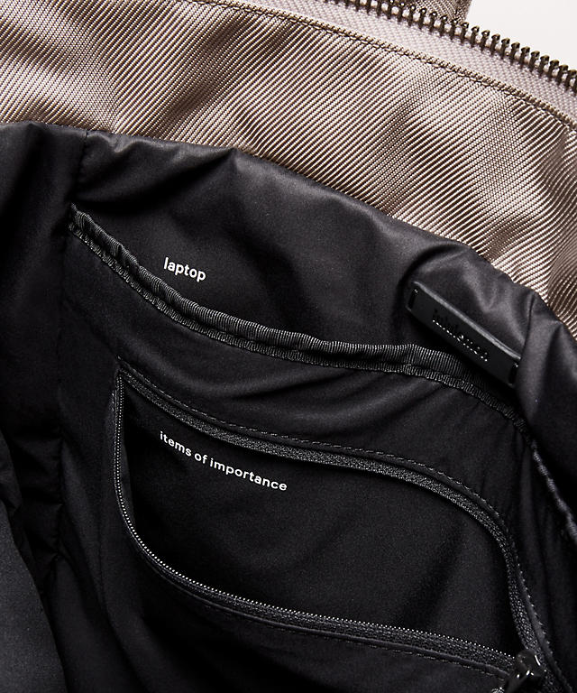 City Adventurer Convertible Backpack