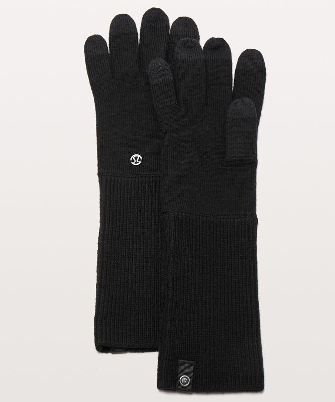 Scroll On Knit Gloves