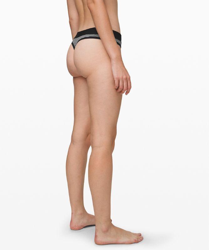 Mula Bandhawear Thong *Stripe