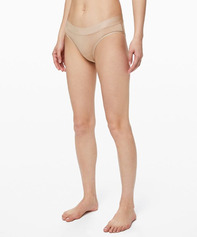 Weicher, atmungsaktiver Bikini