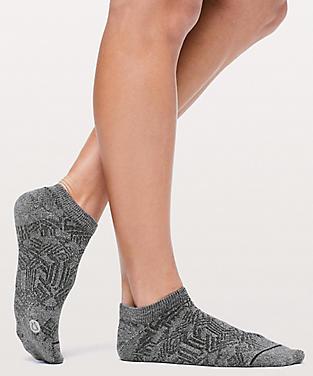 231d77b8cb764d Women's Socks | lululemon athletica