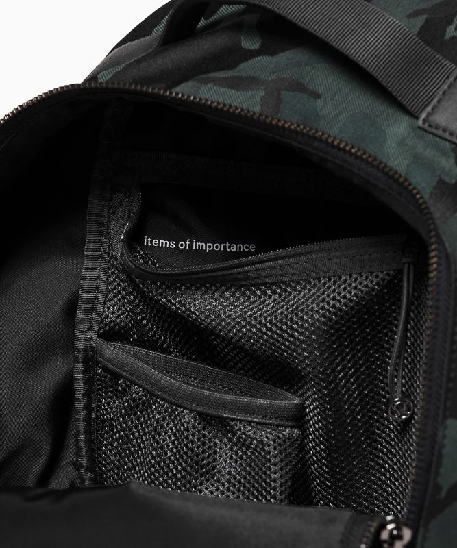 City Adventurer Backpack*Mini
