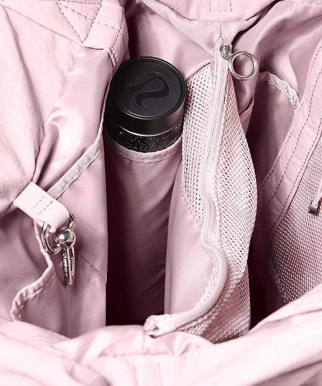 d85128e80a9 On My Level Bag *Large 30L   Women's Bags   lululemon athletica