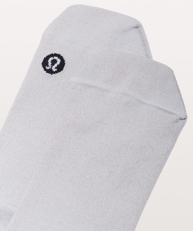 Light Speed Tab Sock *Silver