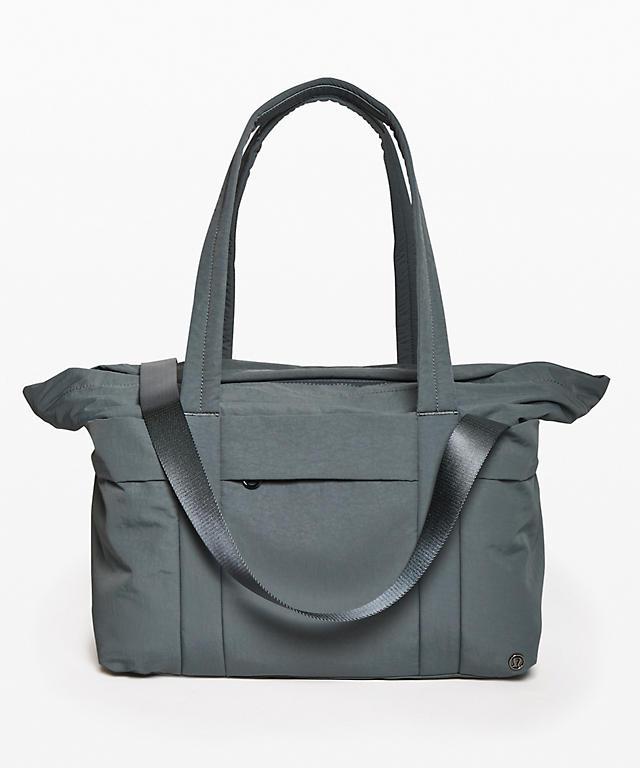 2e8ccf3cb On My Level Duffel *30L | Women's Bags | lululemon athletica