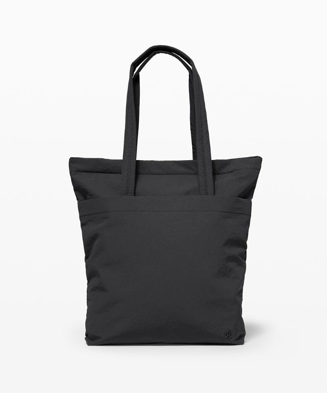 On My Level Tote *オンライン限定 12L