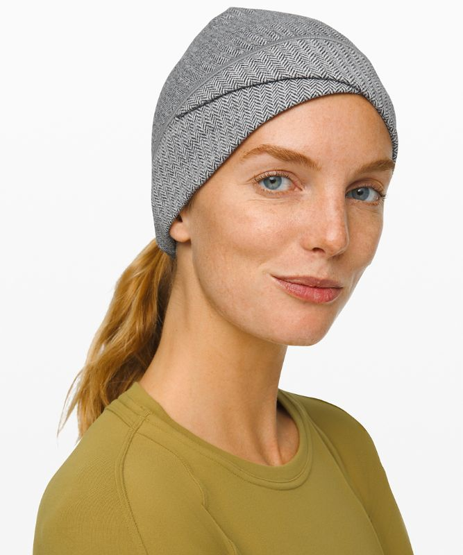 Cross Chill Run Beanie