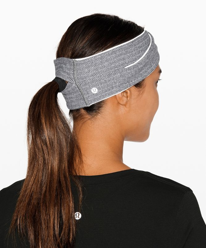 Cross Chill Run Earwarmer