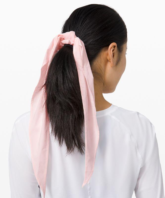 Uplifting Scrunchie *Flow
