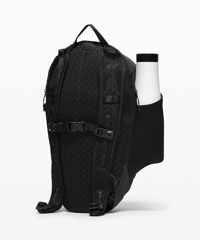 Fast and Free Backpack *13L