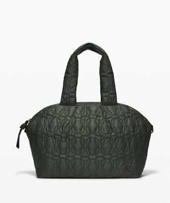 Quilted Embrace Tote-Bag